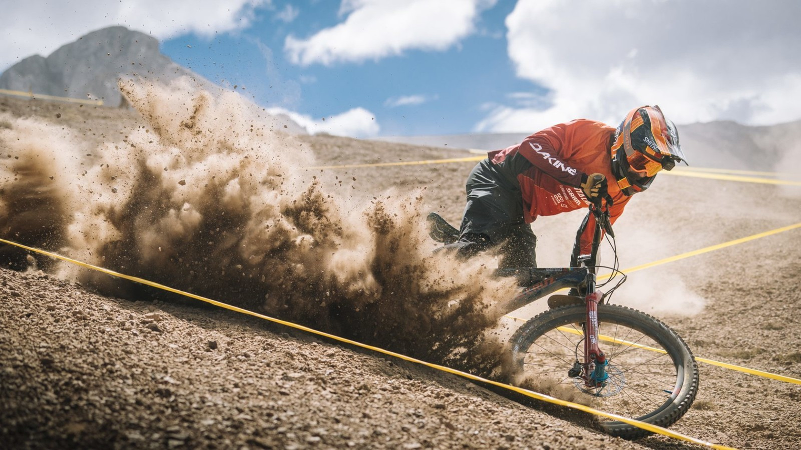 Discovery, Inc invests in the EWS to Revolutionize Enduro Racing Coverage