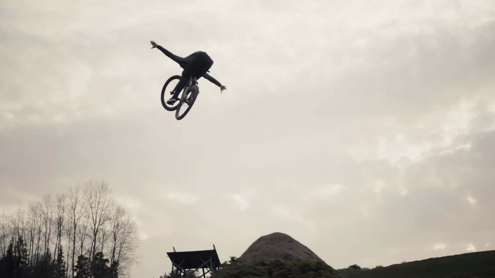Ride Concepts Adds Max Fredriksson to Elite Athlete Team
