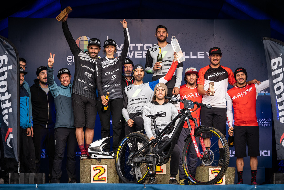 Miranda Factory Team closes season with podiums