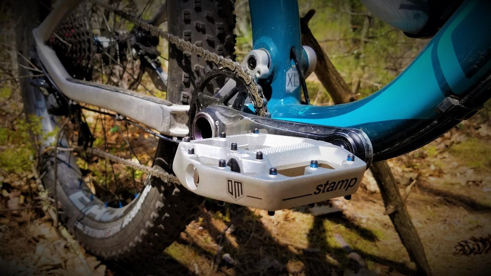 Fantastic mid-level flat pedal