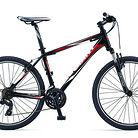 2013 Giant Revel 4 Bike