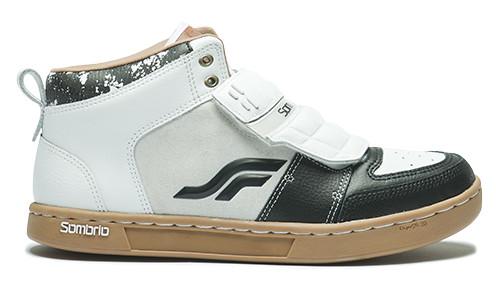 S780_sombrio_shazam_mid_top_shoes