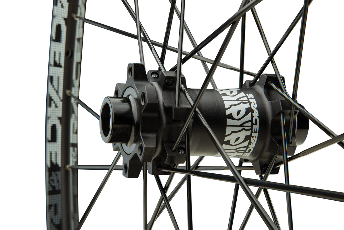 2014_TurbineWheel-Hub
