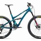C138_2017_yeticycles_sb5_beti_cs_storm_xt_slx_desktop_2x
