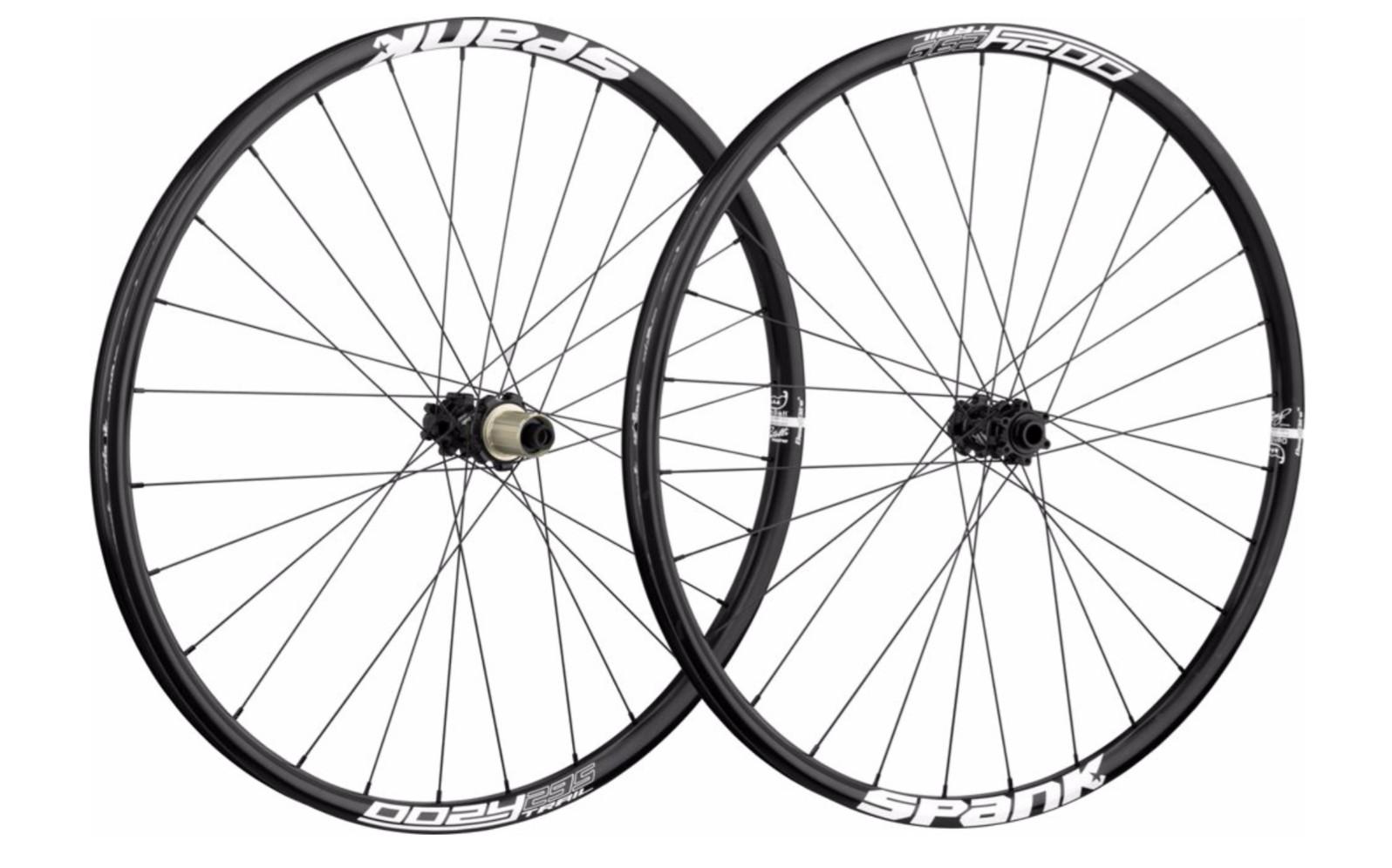 Spank Oozy Trail 295 (32 Hole) Wheelset (black)