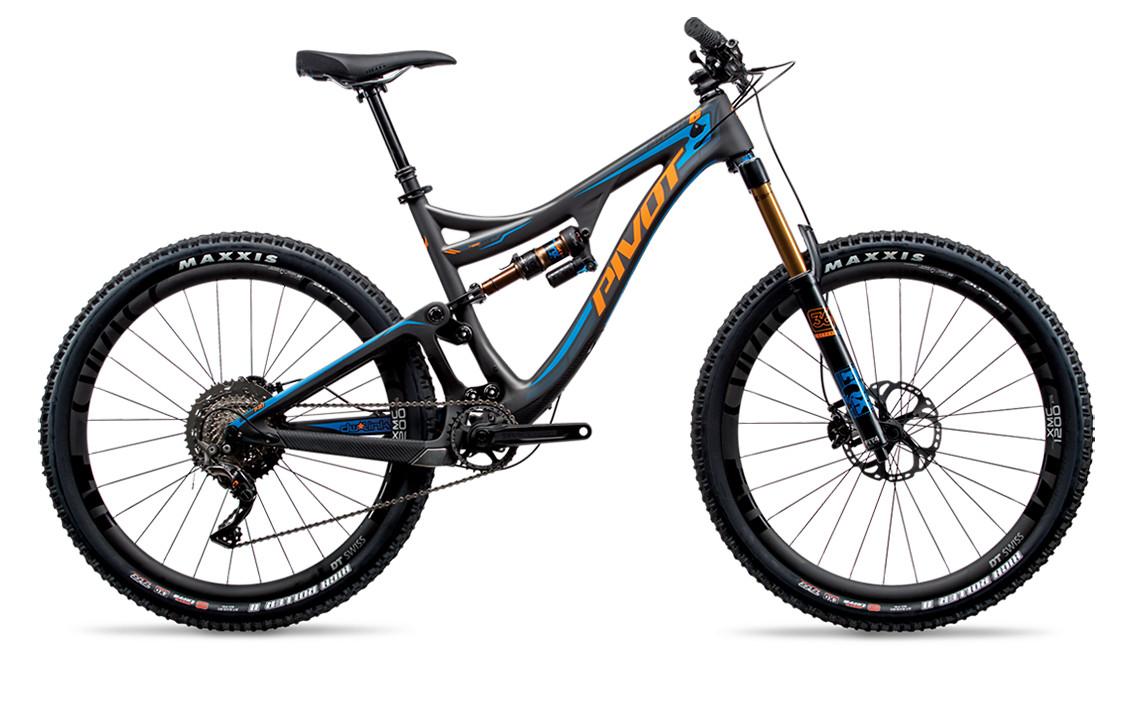 2017-mach-6-carbon-blue