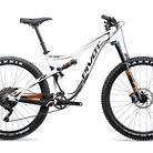C138_pivot_cycles_mach_429_trail_team_xtr_2x_27.5_294742_1