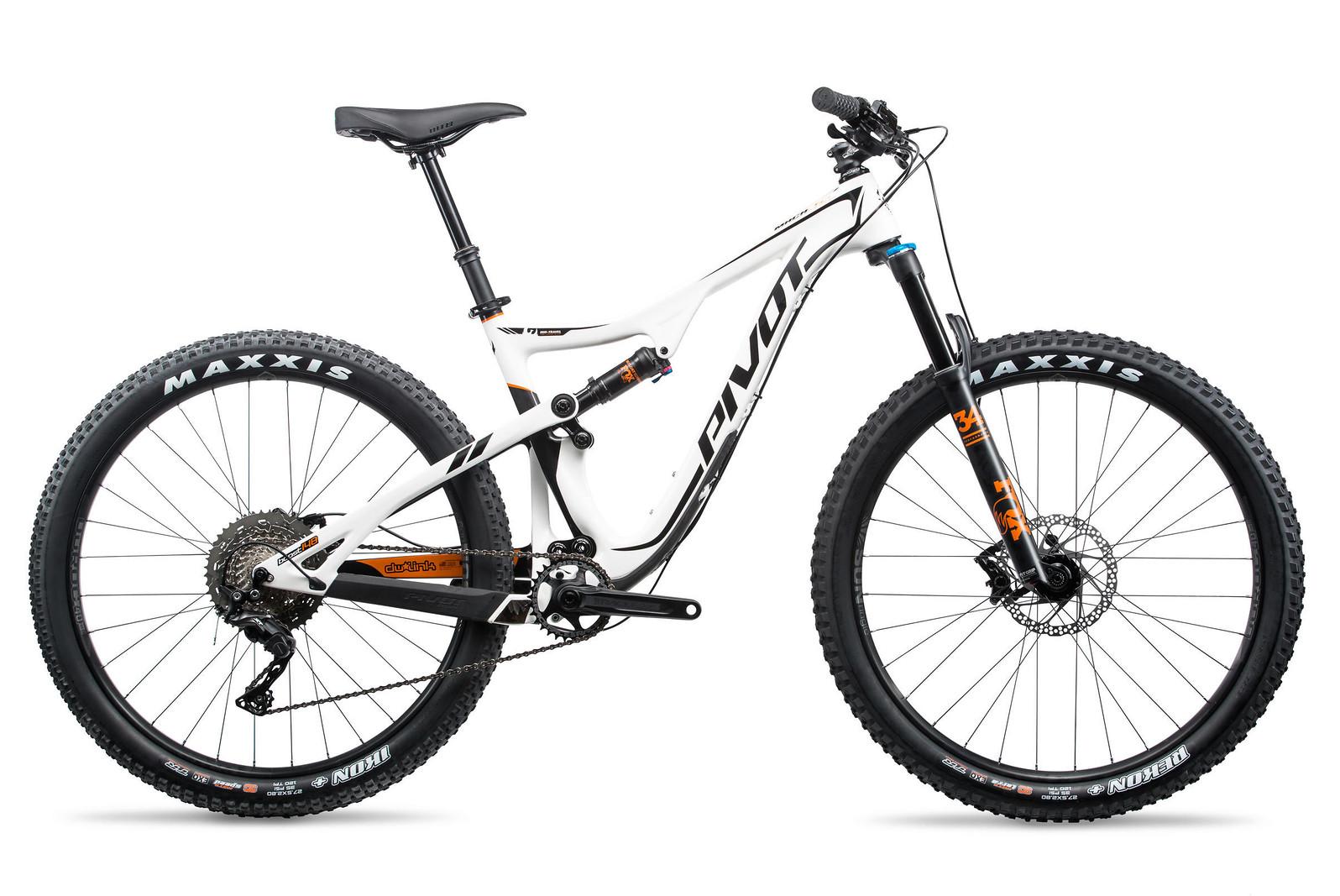 pivot-cycles-mach-429-trail-team-xtr-2x-27.5-294742-1