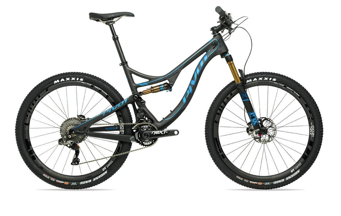 2017-mach-4-carbon-blue