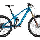 2017 Canyon Strive CF 9.0 Race Bike
