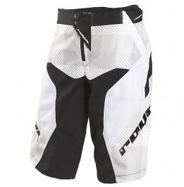 shorts_race_black_3qtr