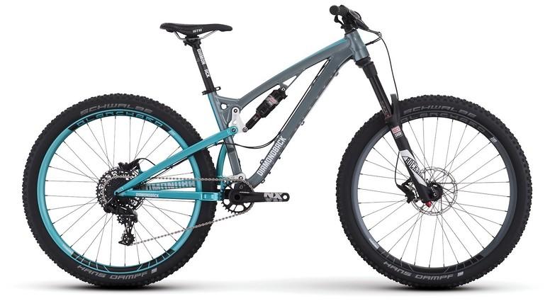 mountain-bikes-17-clutch-1-sil-profile