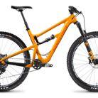 C138_santa_cruz_hightower_carbon_c_s_29_gloss_mango_and_orange