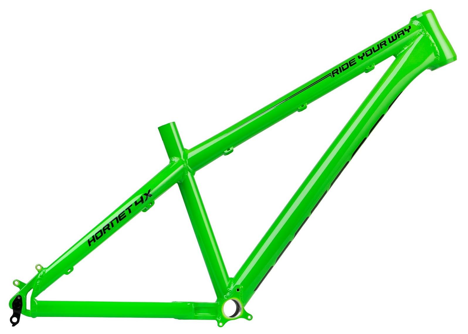 Hornet_4X_green