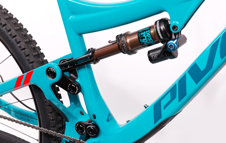 mach-6-carbon-details-1-949x600