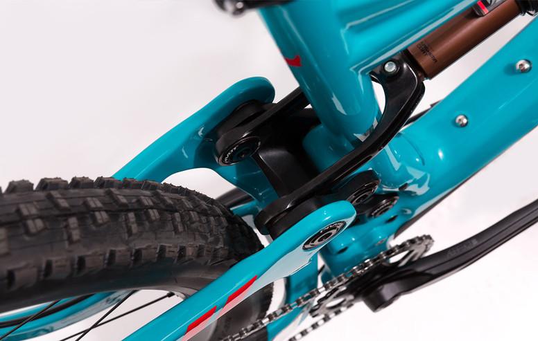 mach-6-carbon-details-2-949x600