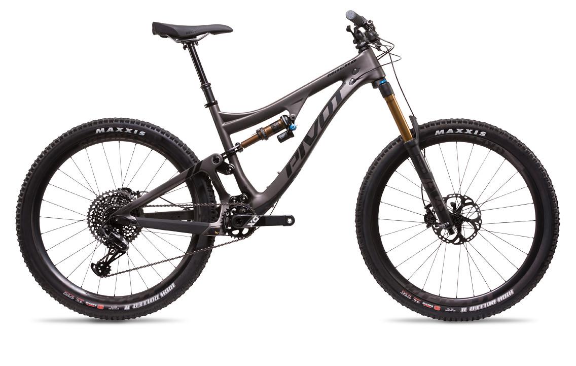 2018-mach-6-carbon-black