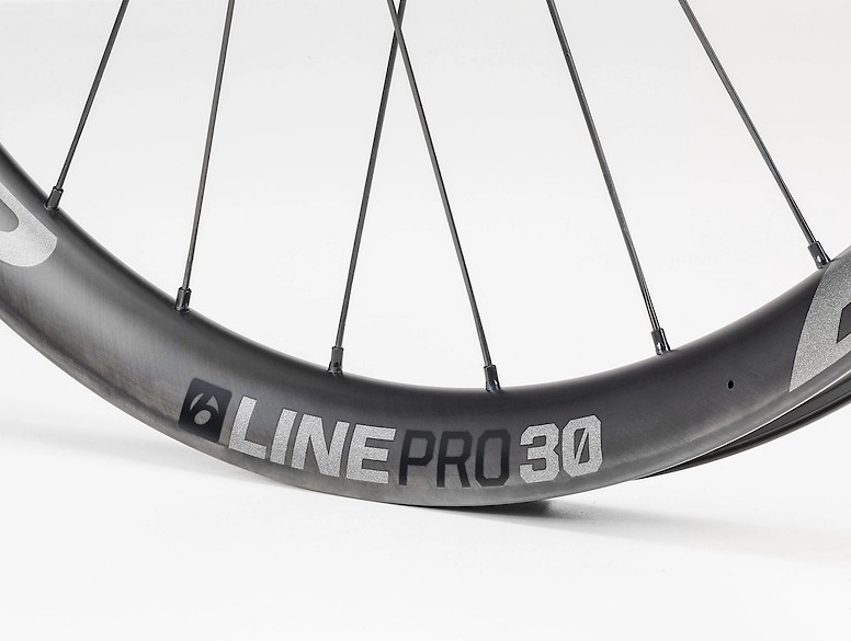 Bontrager Line Pro 30 TLR Boost