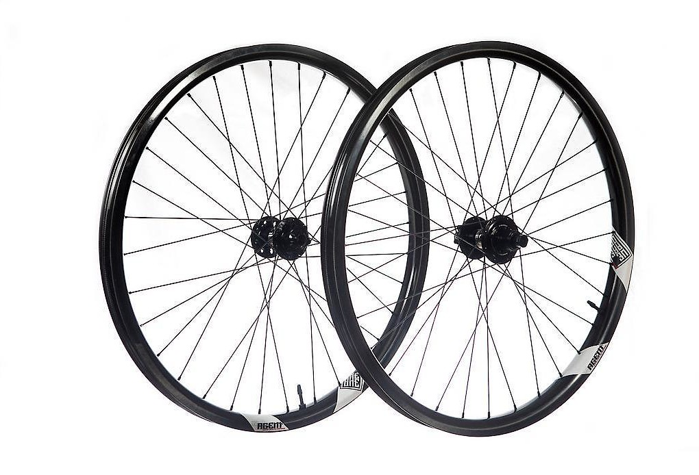 We Are One Composites Agent 29 Project 321 Wheelset