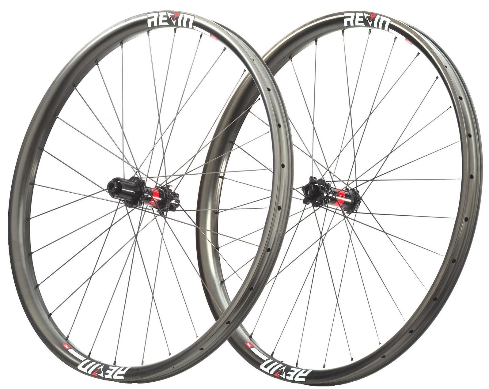 Revin Cycling E27 Pro Carbon MT Wheelset open-uri20180124-5469-1667h1n
