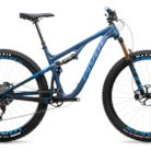 C138_2019_pivot_trail_429_pro_xt_xtr_1x_29_with_dt_swiss_wheels_steel_blue