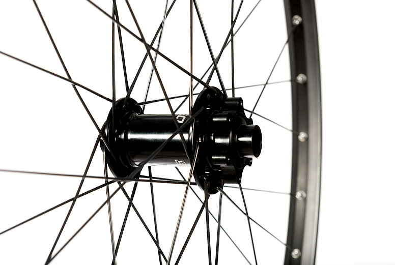 NoTubes Arch S1 (front hub)