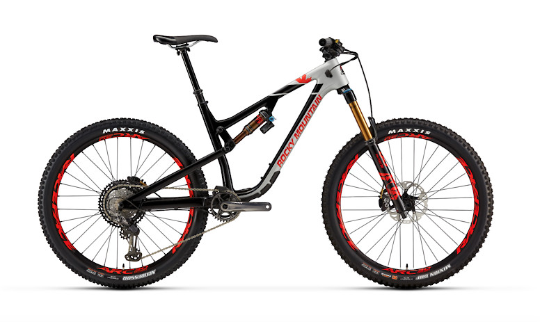 Rocky Mountain Altitude Carbon 90 - Gray, black, and red