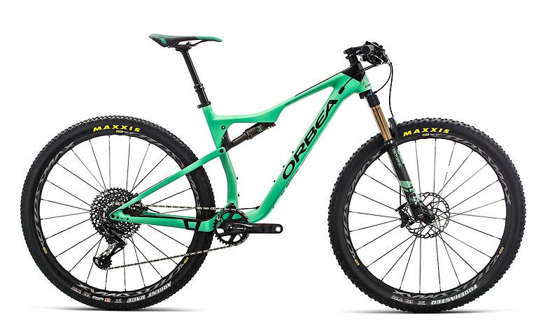 2019-Orbea-Oiz-M10-TR-bike-3A