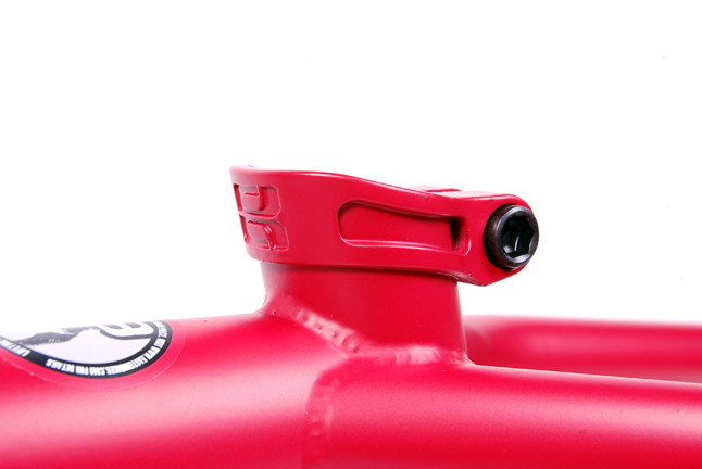 Frame Nightrain Matte Red Seatclamp LoRes