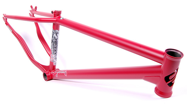 Frame Nightrain Matte Red Angled LoRes