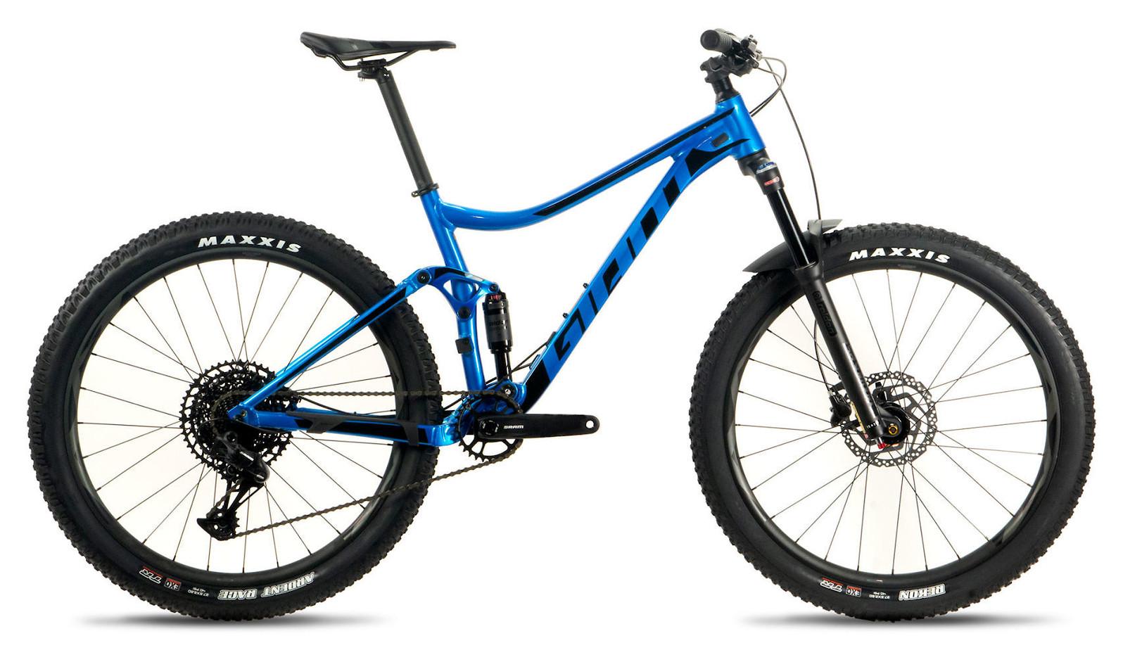 2020 Giant Stance 2 in Metallic Blue/Black