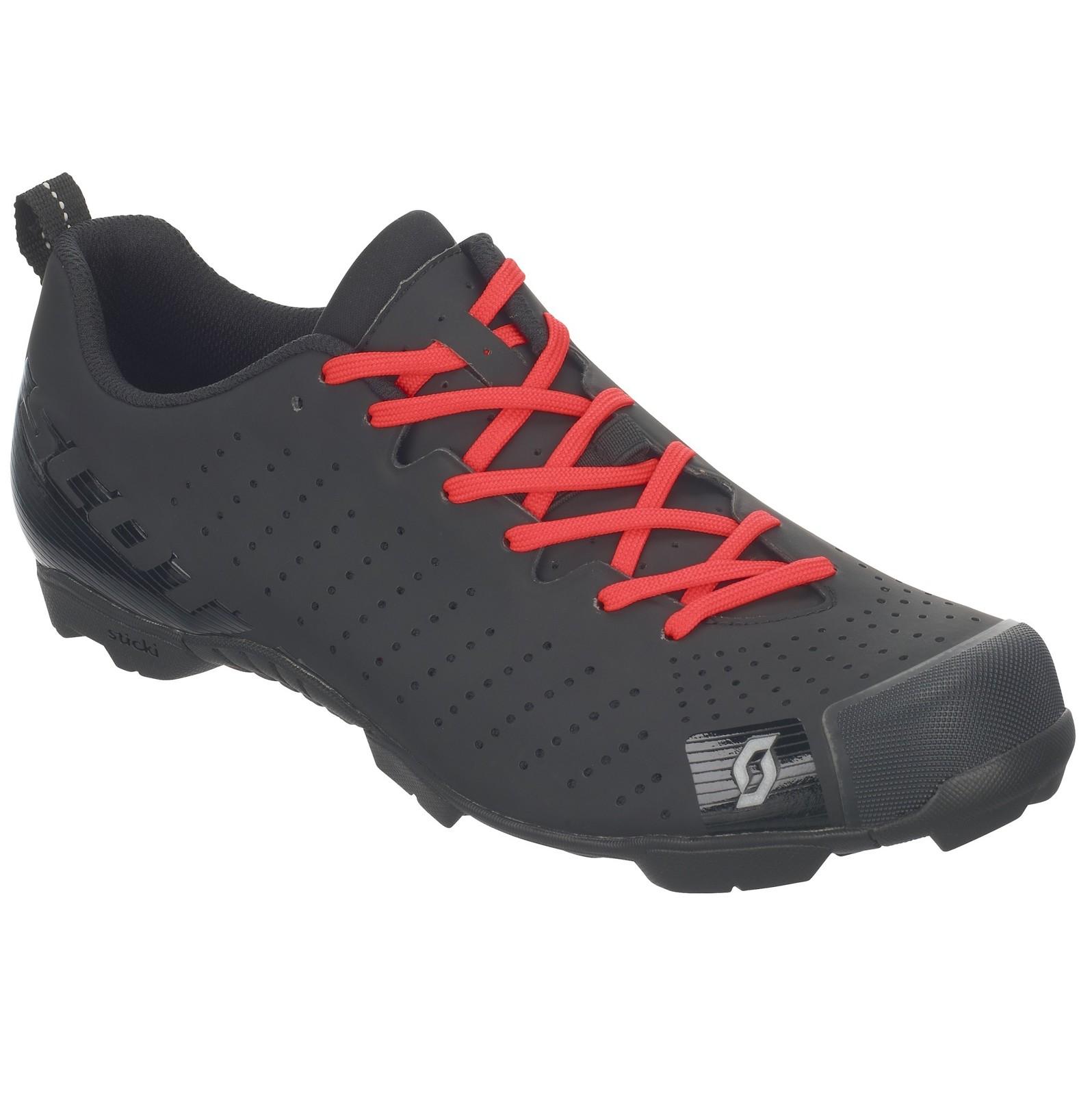 Scott RC Lace shoe in matte black/gloss black