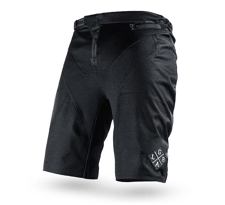 Loose Riders C/S Shorts (black)