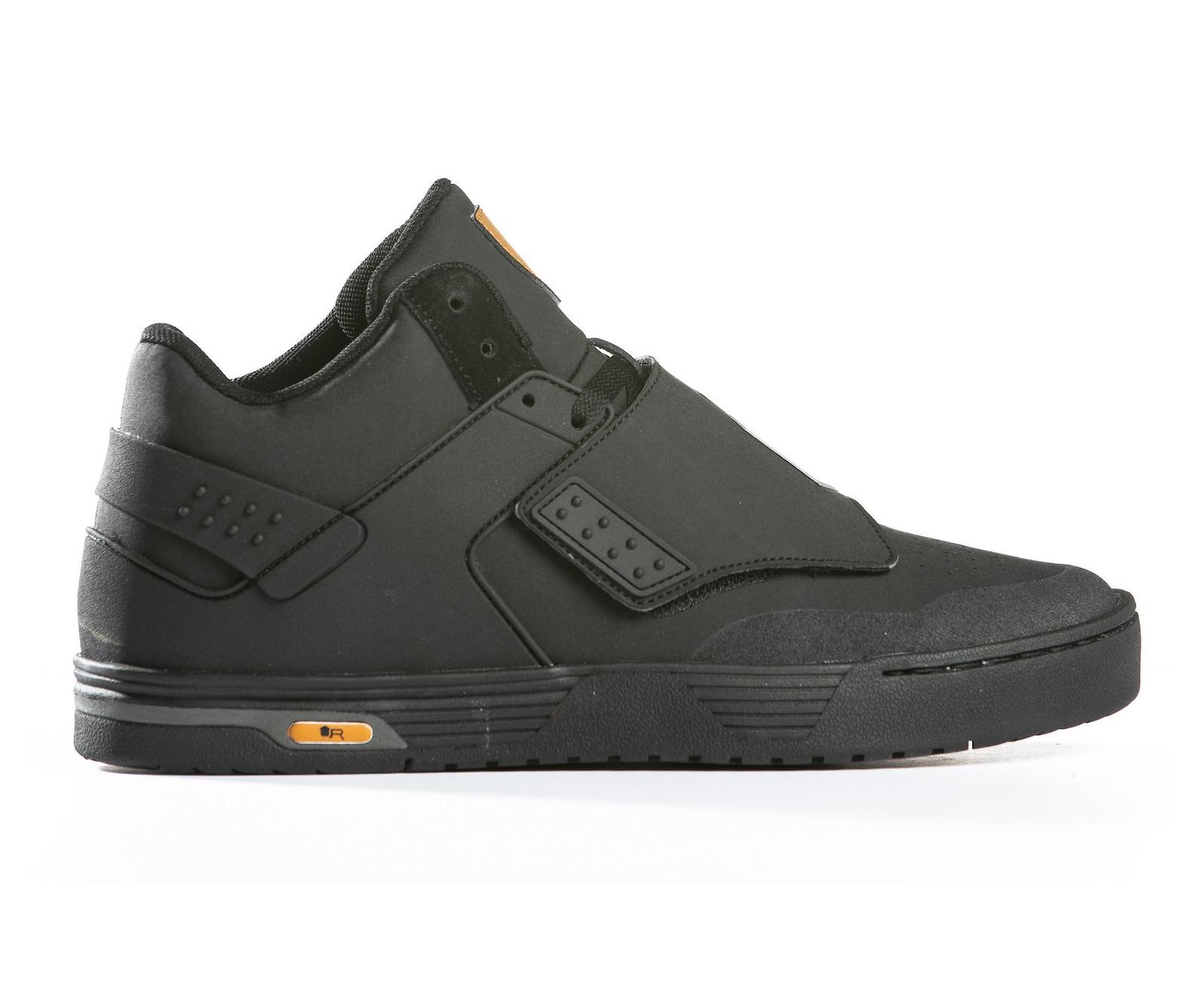 Unparallel West Ridge shoe in black/black