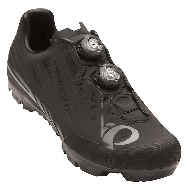Pearl Izumi X-PROJECT P.RO. shoe in black/shadow grey