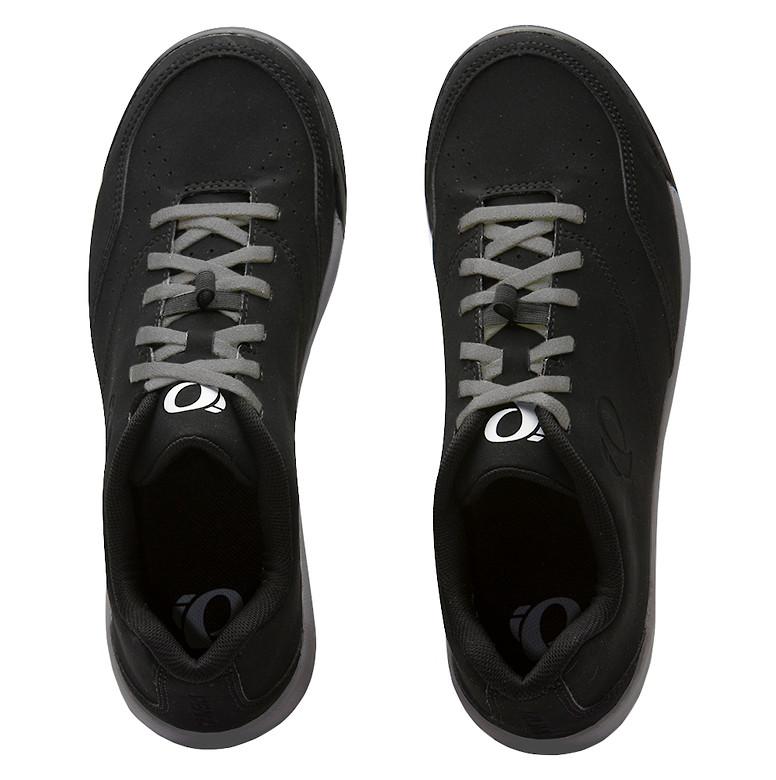 Pearl Izumi X-ALP FLOW shoe in black/black