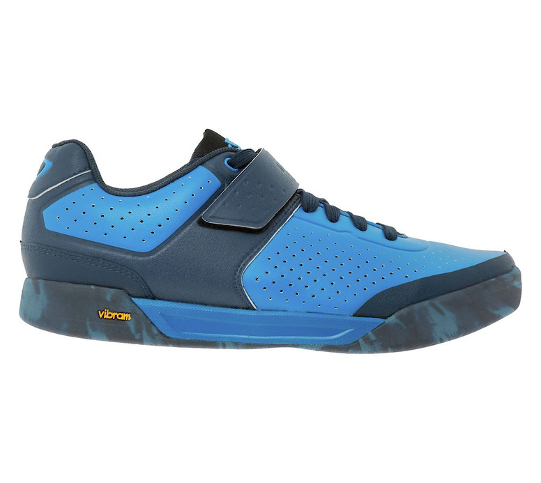 Giro Chamber II shoe in blue jewel-midnight