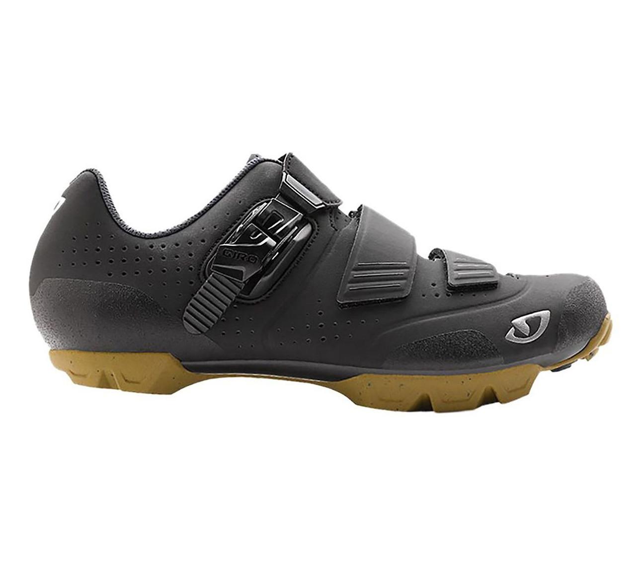 Giro Privateer R shoe in black-gum