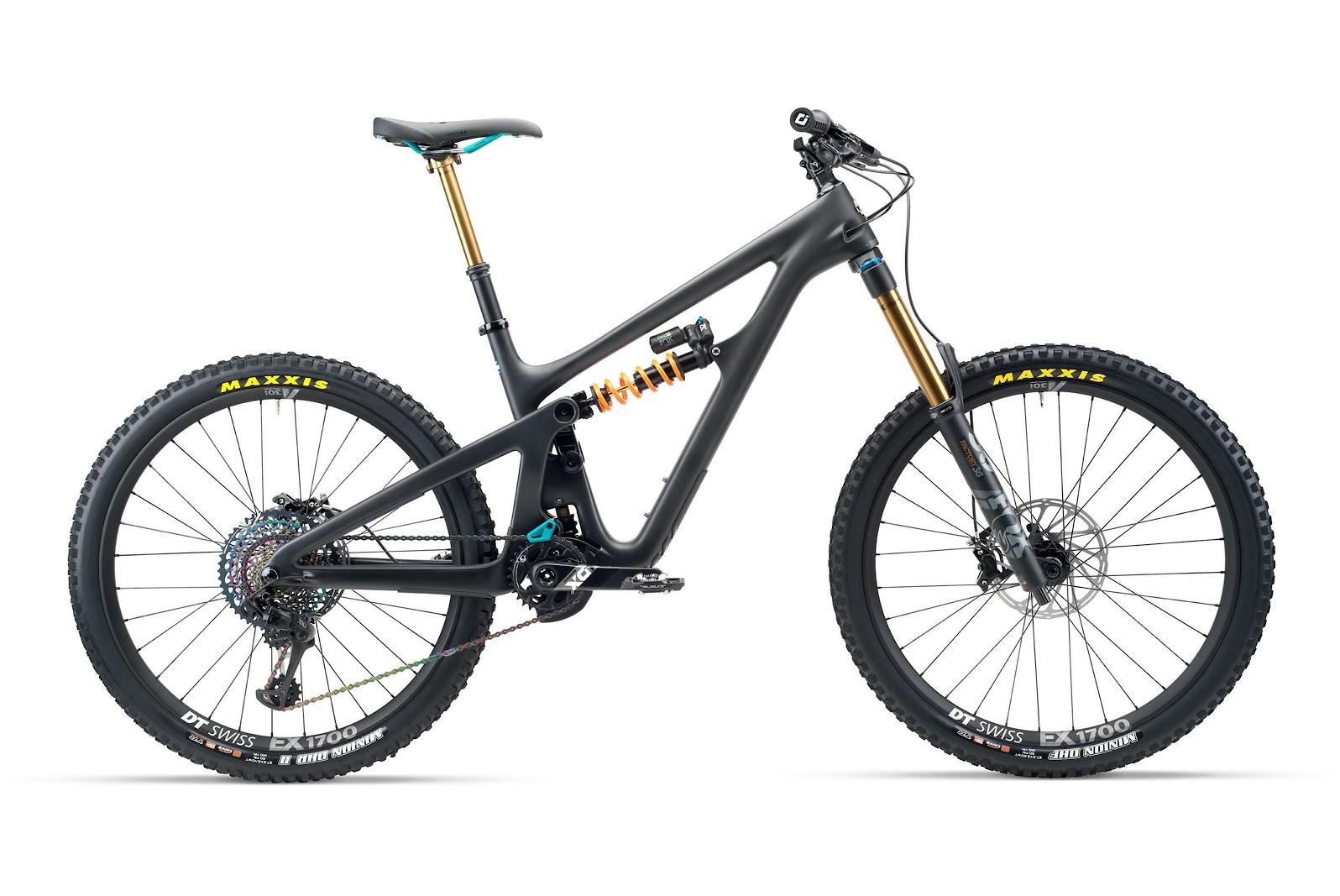 2020 Yeti SB165 Black - T3 Version Shown