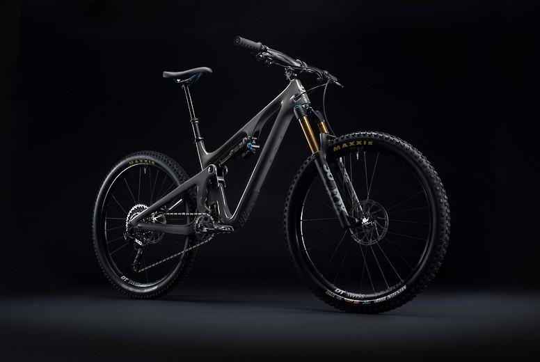 2020 Yeti SB140 T2 in grey
