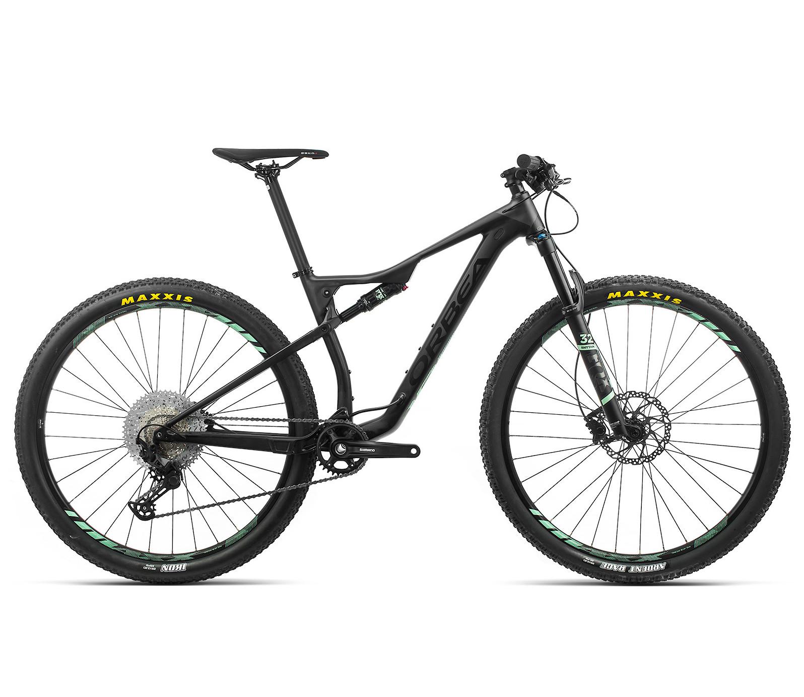 2020 Orbea Oiz H30 in black-graphite/black