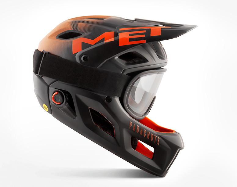MET Parachute MCR