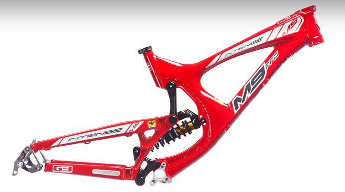 S780_m9_red_frame