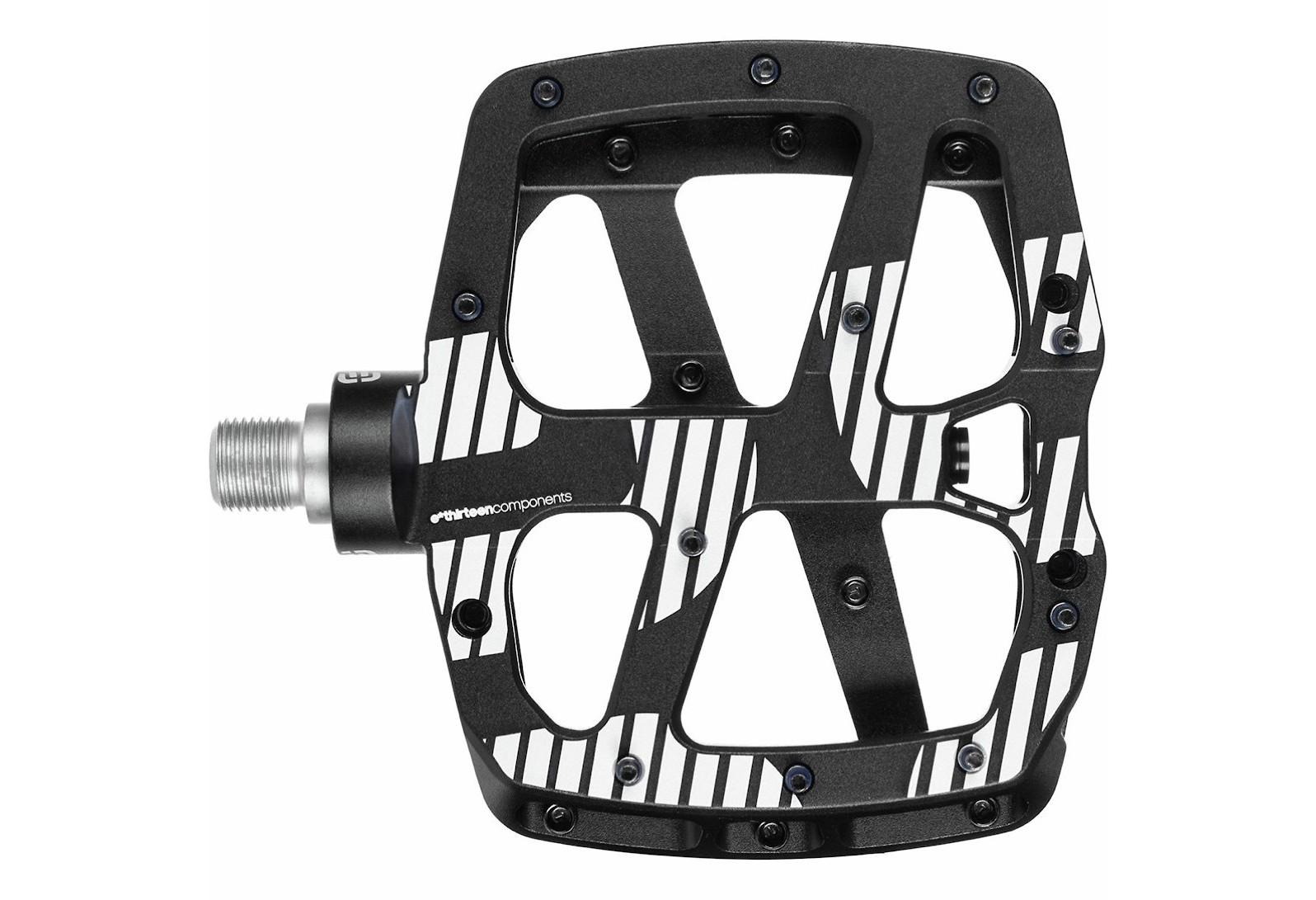 e*thirteen Plus Flat Pedals (Black)