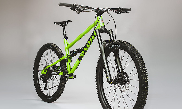 2020 Cotic Flare (Gloss Green; custom build pictured)