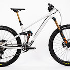 2020 RAAW Madonna V2 FOX Factory XT Bike