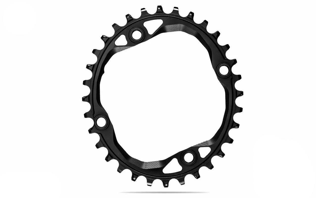absoluteBLACK Oval 104 BCD Chainring - Black