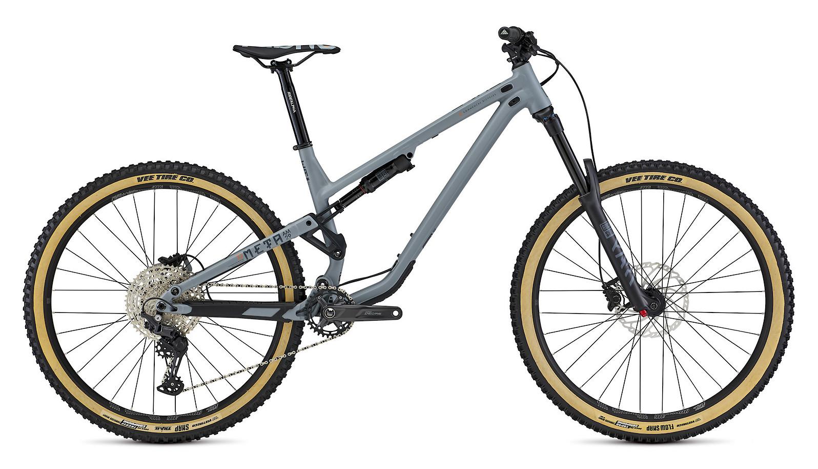 2021 Commencal Meta AM 29 Origin (Graphite Blue + tanwall tires)