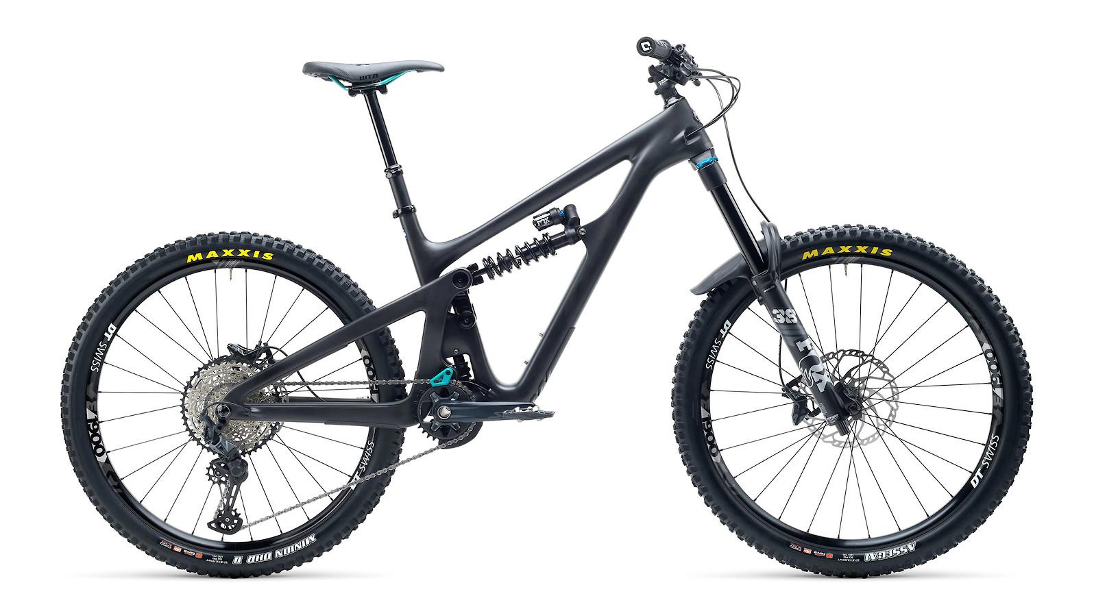 2021 Yeti SB165 C1 (Black)
