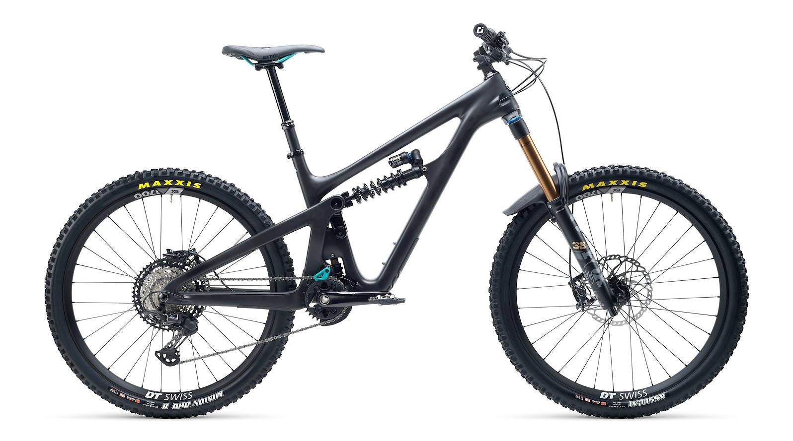2021 Yeti SB165 T1 (Black)